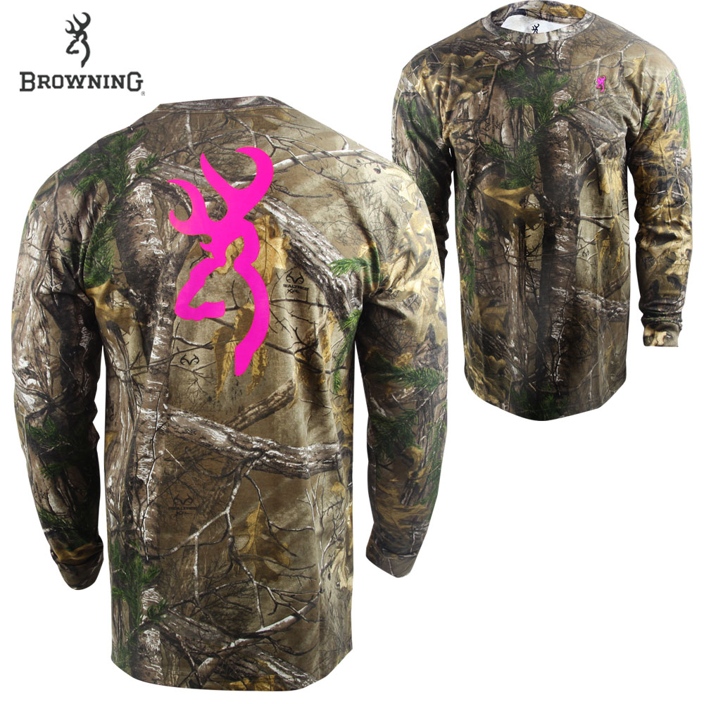 Realtree Xtra/Pink. Incredibly soft 100% cotton construction. Crew neck design for added comfort. Double-stitched hems for durability. Perfect for fall or as an underlayer during winter.